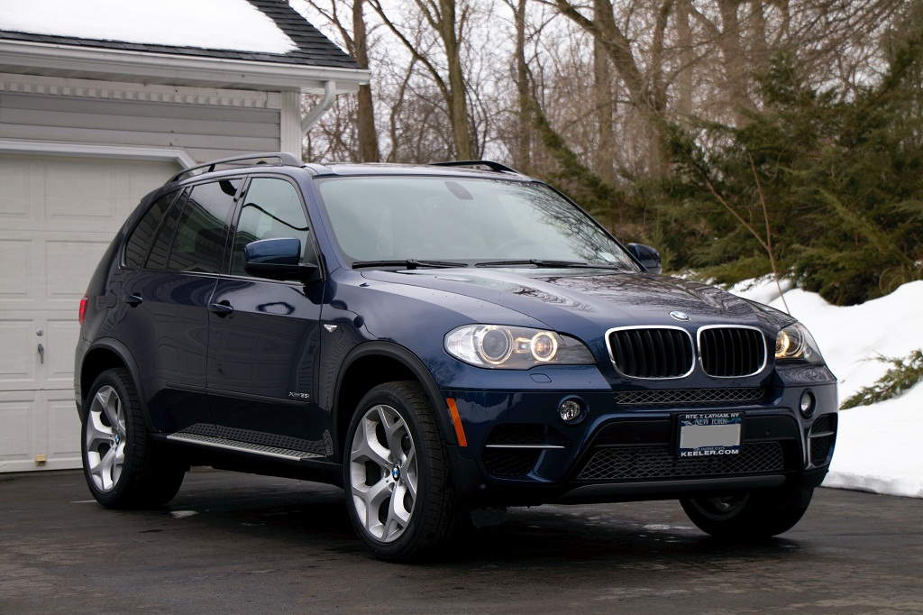 2011 X5 Deep Sea Blue 35i Sport Activity
