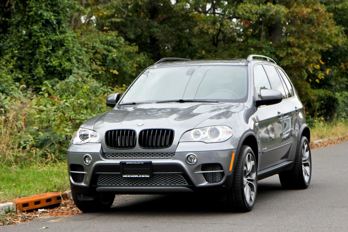 2012 space gray x5 50i black grill and painted markers. Black Bedroom Furniture Sets. Home Design Ideas