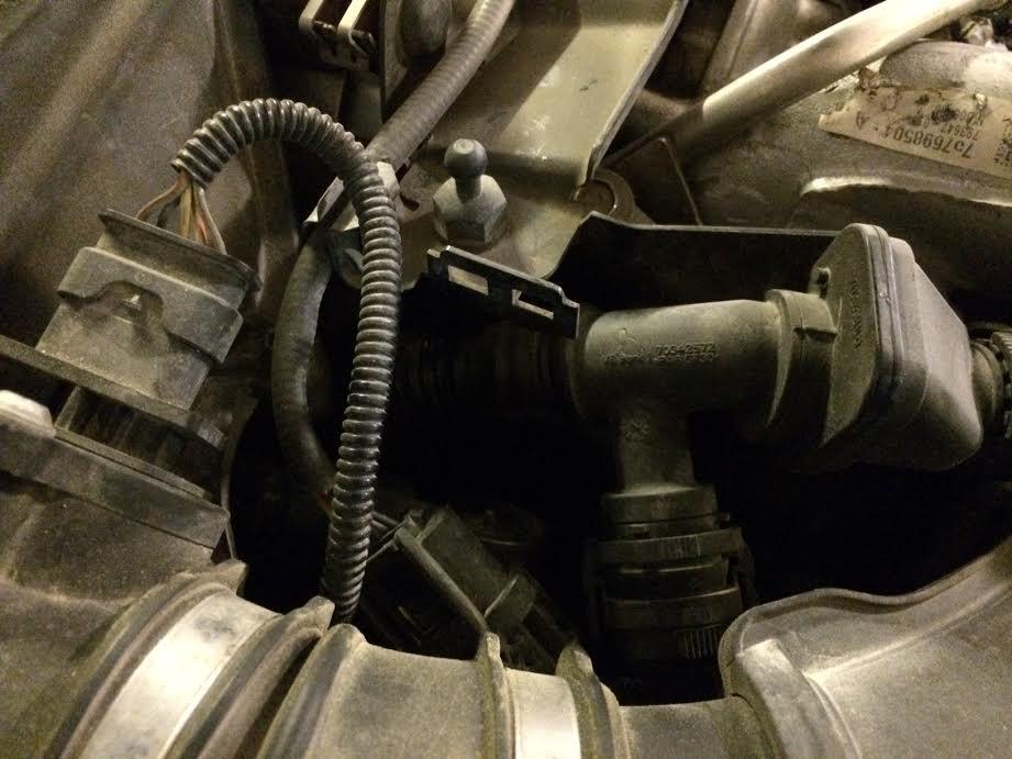Engine Fault : Reduced Power  Leaking Hose? - XBimmers com