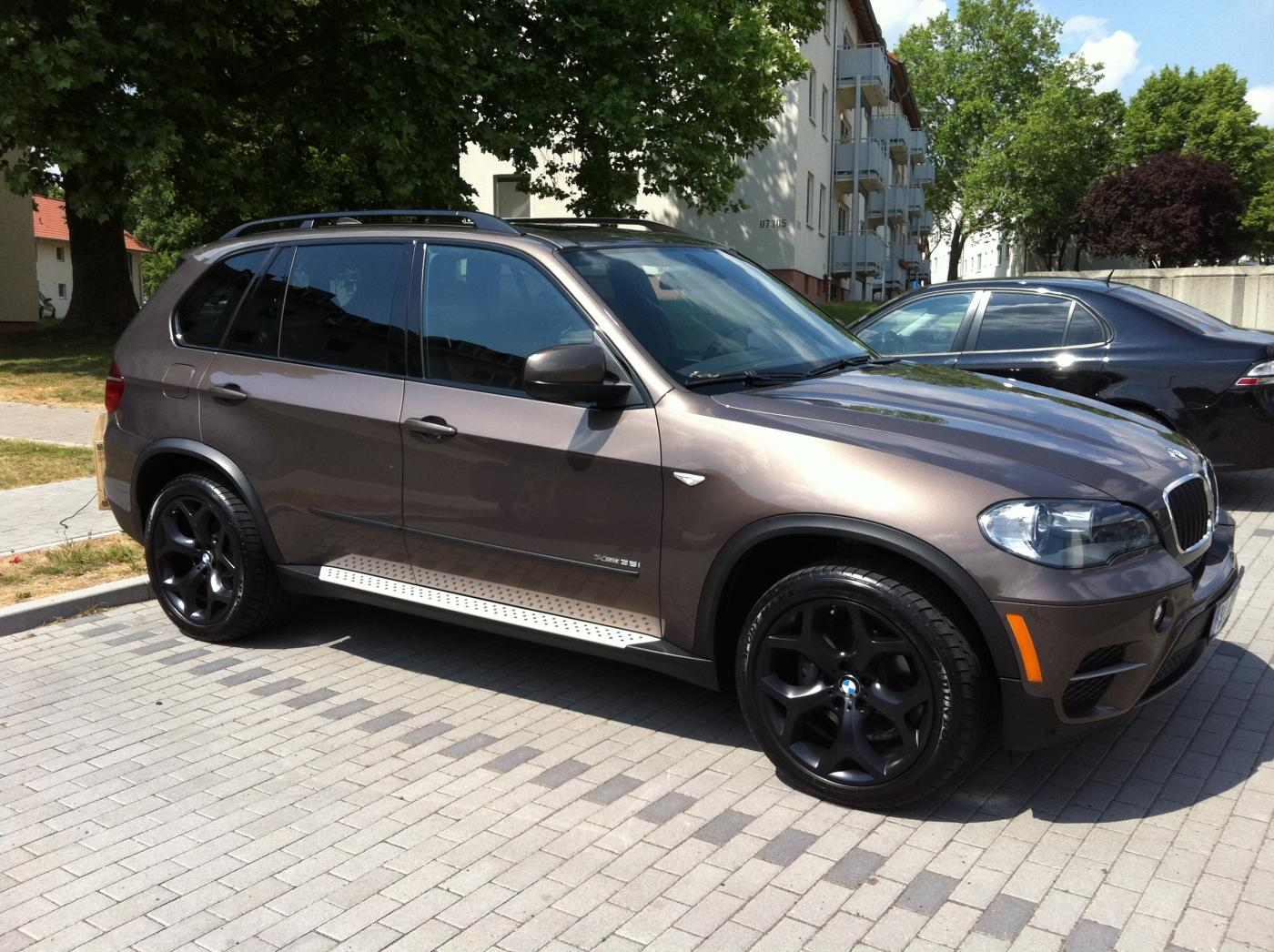 2011 bmw x5 35i sport activity. Black Bedroom Furniture Sets. Home Design Ideas