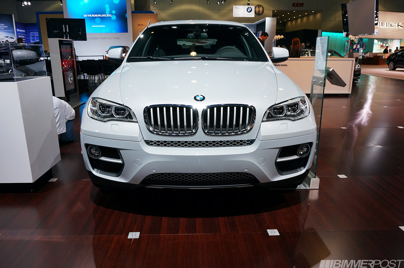 la 2012 bmw individual x6 performance edition xdrive50i limited to 100. Black Bedroom Furniture Sets. Home Design Ideas